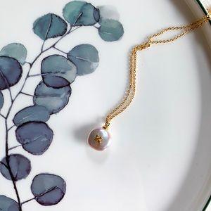 17Basics Baroque Freshwater Pearl Necklace - K